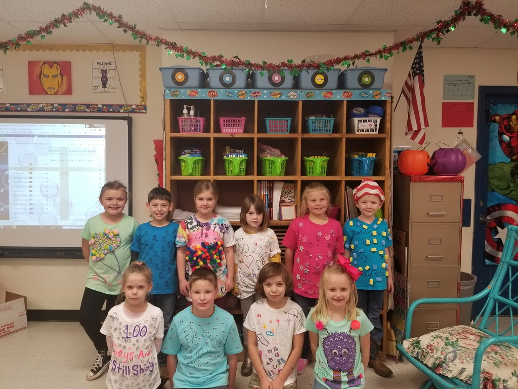 1st Grade 100th Day T-Shirt Participants